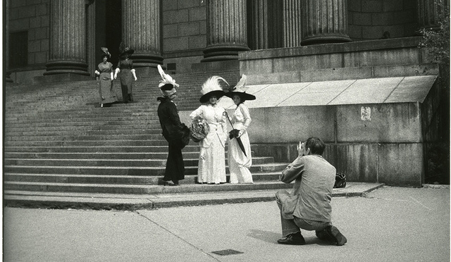 Explore Old Manhattan In Pics From Street Photographer Bill Cunningham